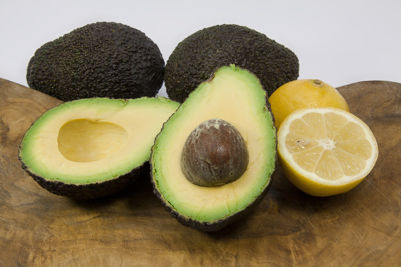 avocados, skin health, superfoods, antioxidants
